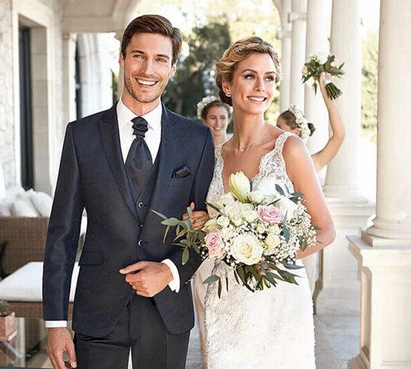 Hochzeitskleider Cocktailkleider Abendkleider Findest Du Hier